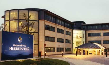 เรียนต่ออังกฤษ ณ University of Huddersfield ติดต่อ เอเจนซี่ I Study UK