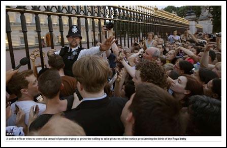 รัชทายาทองค์ใหม่ของราชวงศ์อังกฤษประสูติ_Prince_of_Cambridge_2013