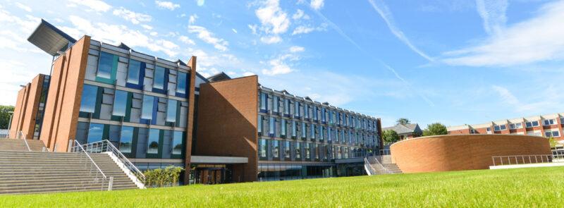 สมัครเรียนต่ออังกฤษ University of Sussex ISC กับ ISTUDYUK