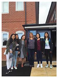 รูปนักเรียนที่ I Study UK ดูแล - เลือกเอเจนซี่เรียนต่ออังกฤษ I Study UK...We focus only UK - 32
