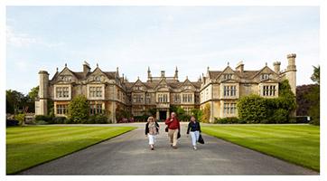 เรียนต่อปริญญาโทอังกฤษ ที่ Bath Spa University UK Corsham Court Campus
