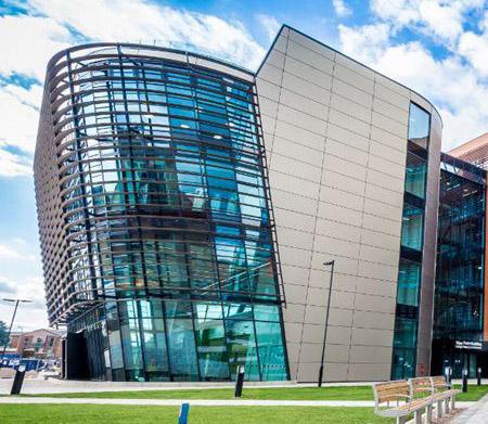 เรียนต่อปริญญาโทประเทศอังกฤษ DeMontfort University DMU Leicester UK