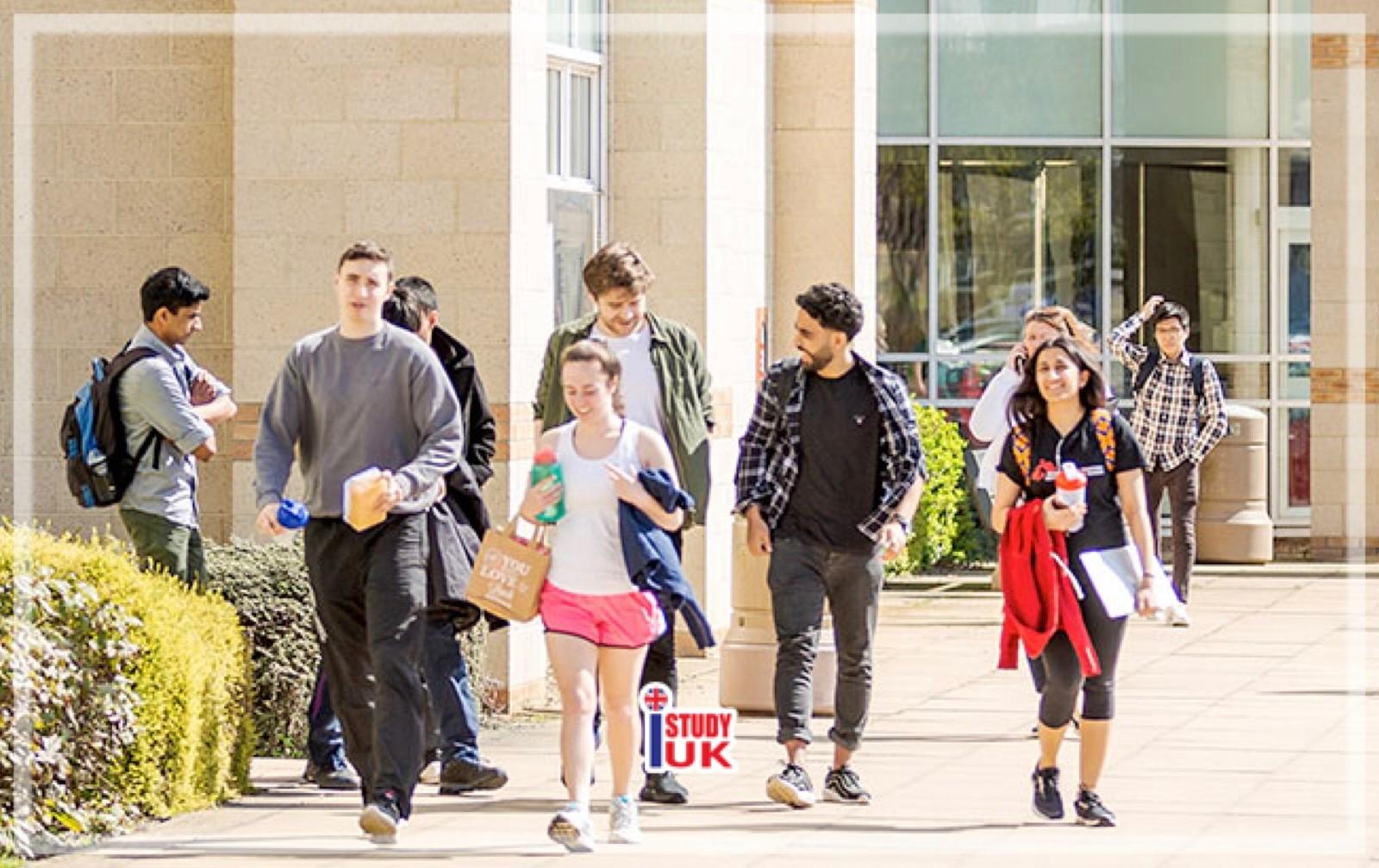 เรียนต่ออังกฤษ Foundation and Pre-Masters Durham University กับ เอเยนซี่ I Study UK ปรึกษาฟรีดูแลตลอดระยะเวลาในต่างแดน