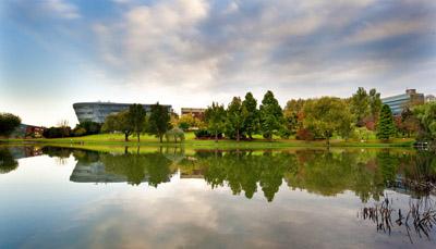 เรียนต่ออังกฤษ เรียน International Foundation และ Pre-Masters ที่ University of Surrey - International Study Centre - Surrey ISC